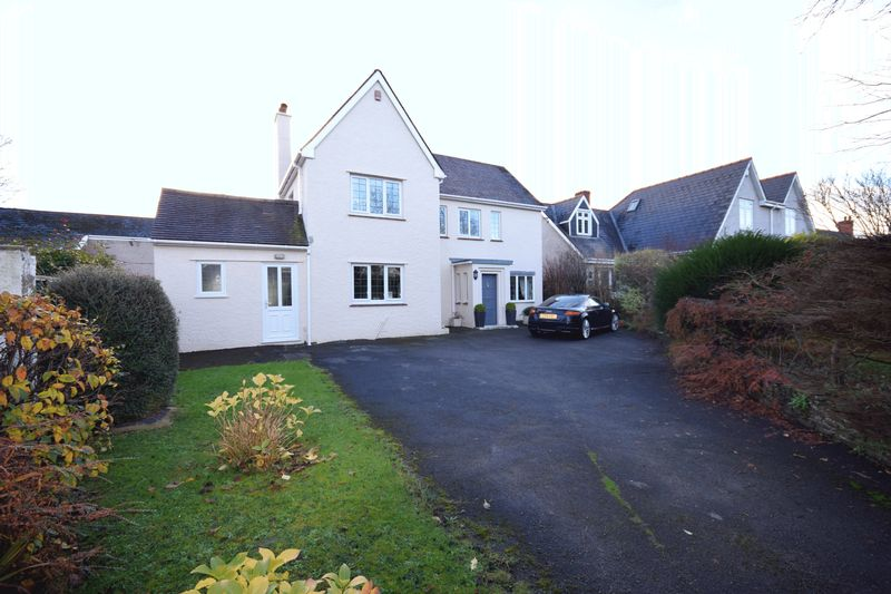 4 Bedrooms Property for sale in The Neuk, 43 West Road, Bridgend