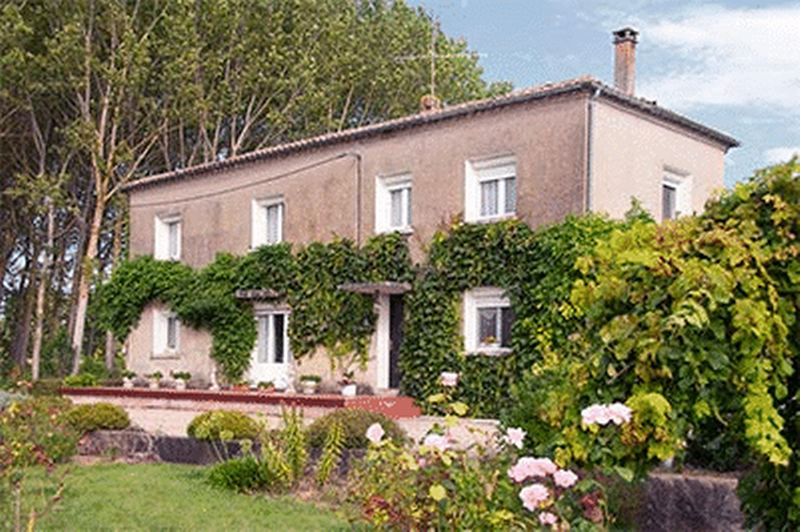 House & gite opportunity with two swimming pools