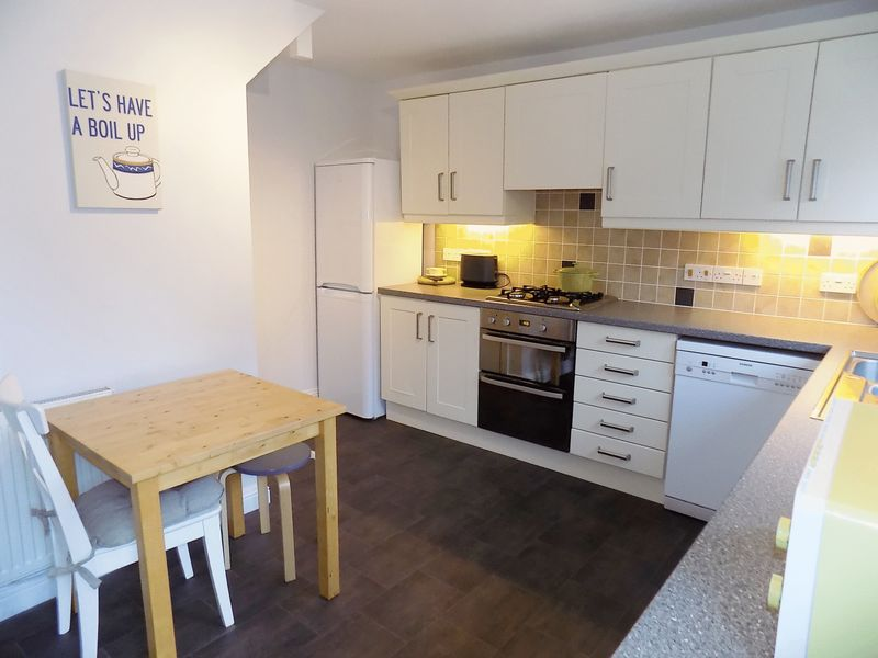 3 Bedrooms Property for sale in Brough Lane, Crossways, Dorchester, Dorset