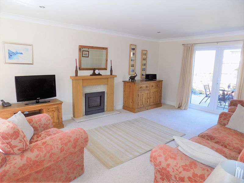 4 Bedrooms Property for sale in Clouds Hill, Crossways, Dorchester, Dorset
