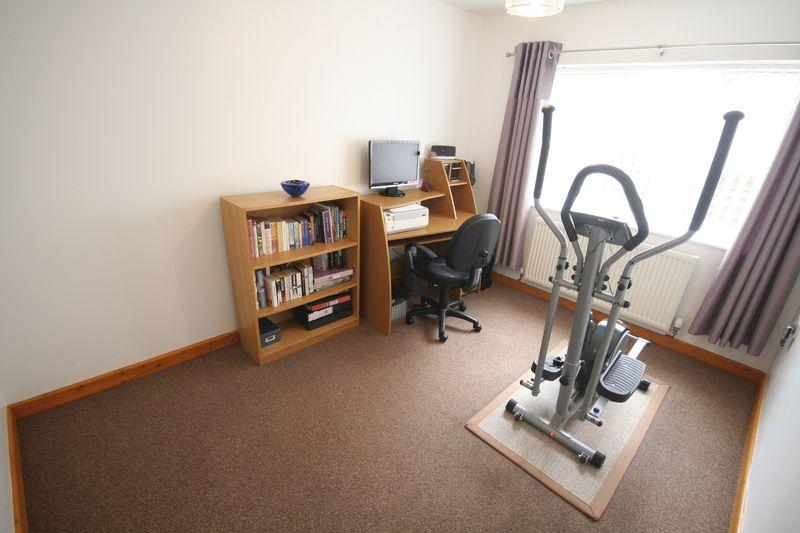 4th Bedroom/Sitting Room
