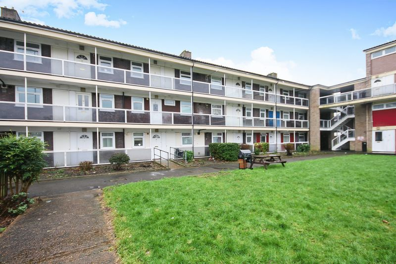 1 Bedroom Property for sale in Exmouth Road, Hayes