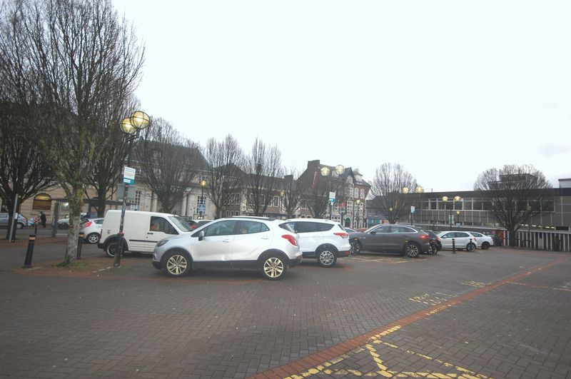 1 Station Square, Neath, SA11 1BY
