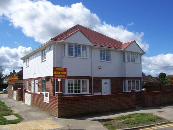 The Drive, HORLEY