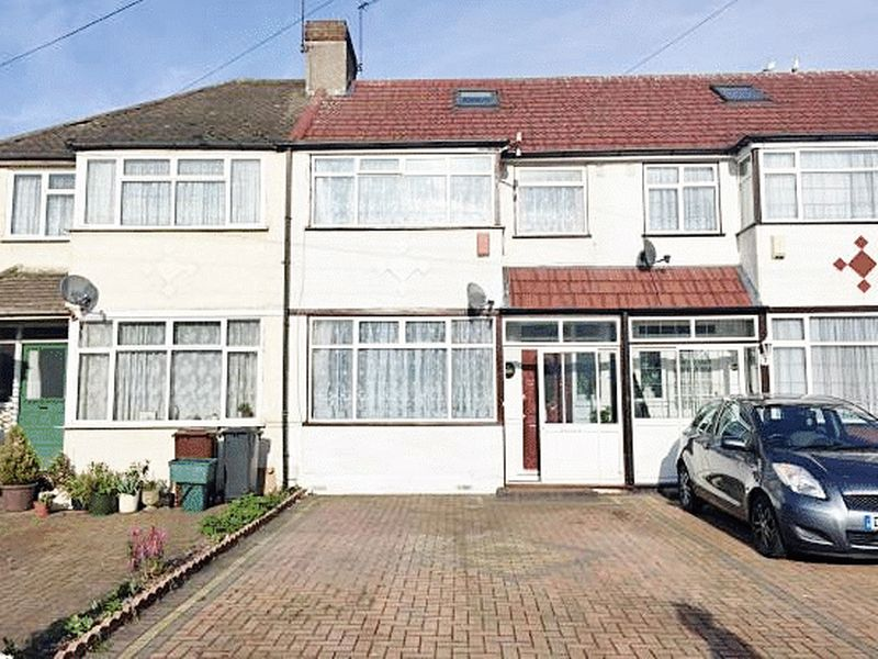 4 Bedrooms Property for sale in Wentworth Road, Southall