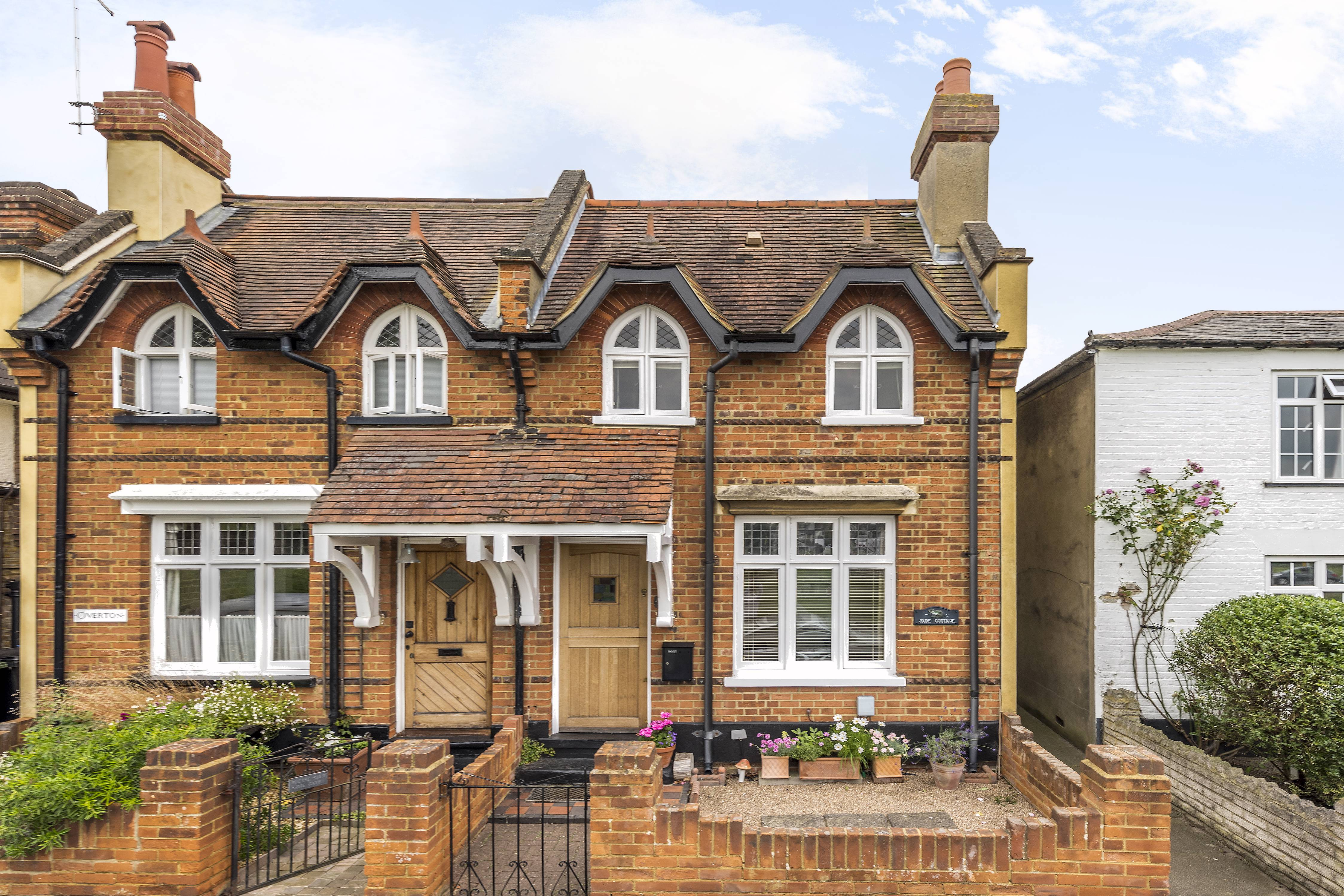 2 Bedrooms Property for sale in Weston Green, Thames Ditton, KT7