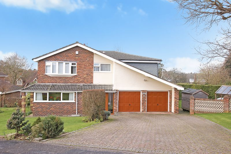 5 Bedrooms Property for sale in East Hill Close, Wallington, Fareham
