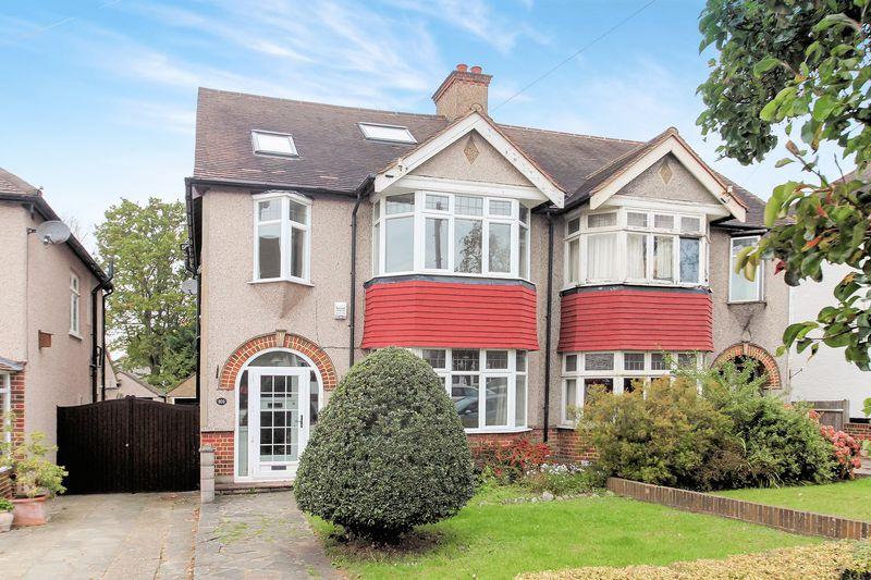 4 Bedrooms Property for sale in Goodhart Way, West Wickham