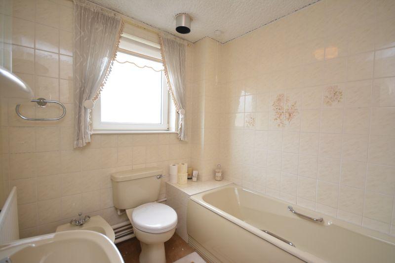 2 Dewsbury Court, Swansea, SA1 3XF