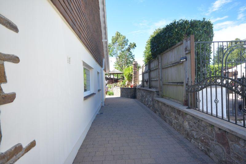 Pant Yr Eos ,Ystradfellte Road, Neath, SA11 5UW