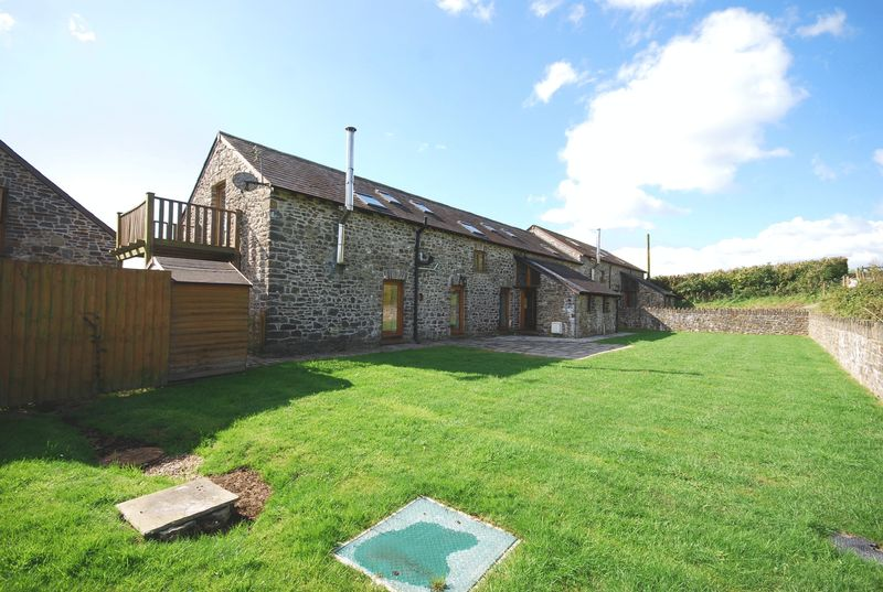 Ty Gwartheg, Maes Y Prior, St Peters, Carmarthen, SA33 5DS
