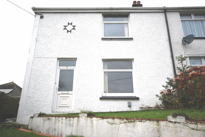 3 Bedrooms Property for sale in 5 Fforest Hill, Aberdulais, NEATH
