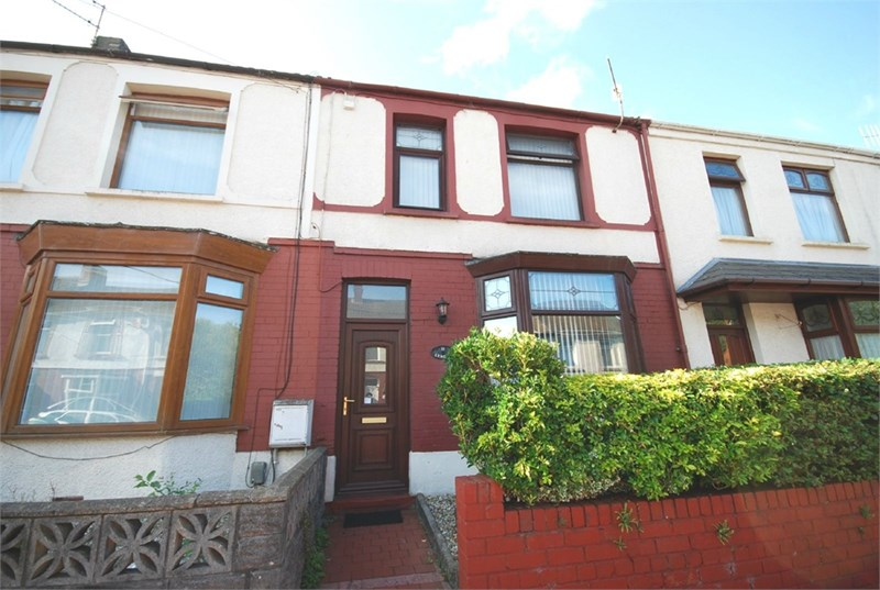 3 Bedrooms Property for sale in 11 Gower Street, Briton Ferry, Neath