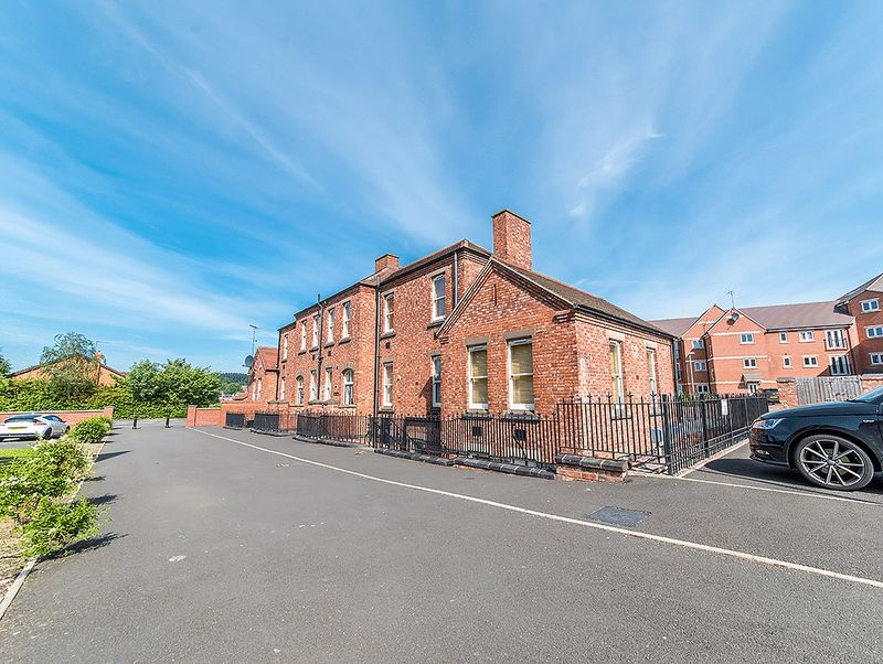 1 Bedroom Property for sale in Pavilion Lodge, Wordsley