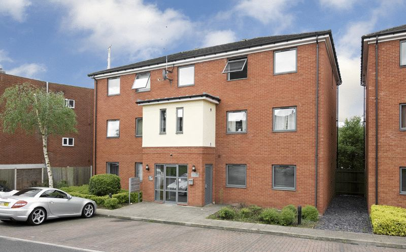 2 Bedrooms Property for sale in High Street, Amblecote, Stourbridge