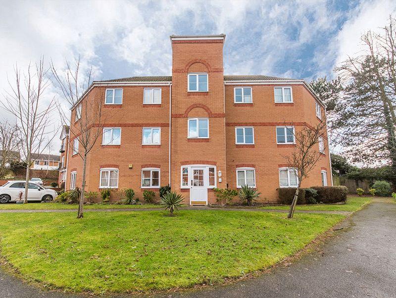 2 Bedrooms Property for sale in Murdoch Drive, Kingswinford