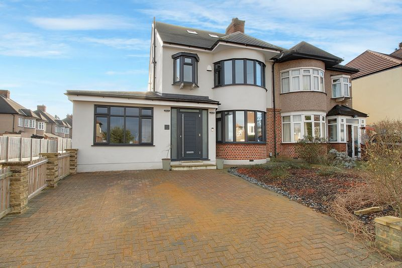 5 Bedrooms Property for sale in Marlborough Hill, Harrow