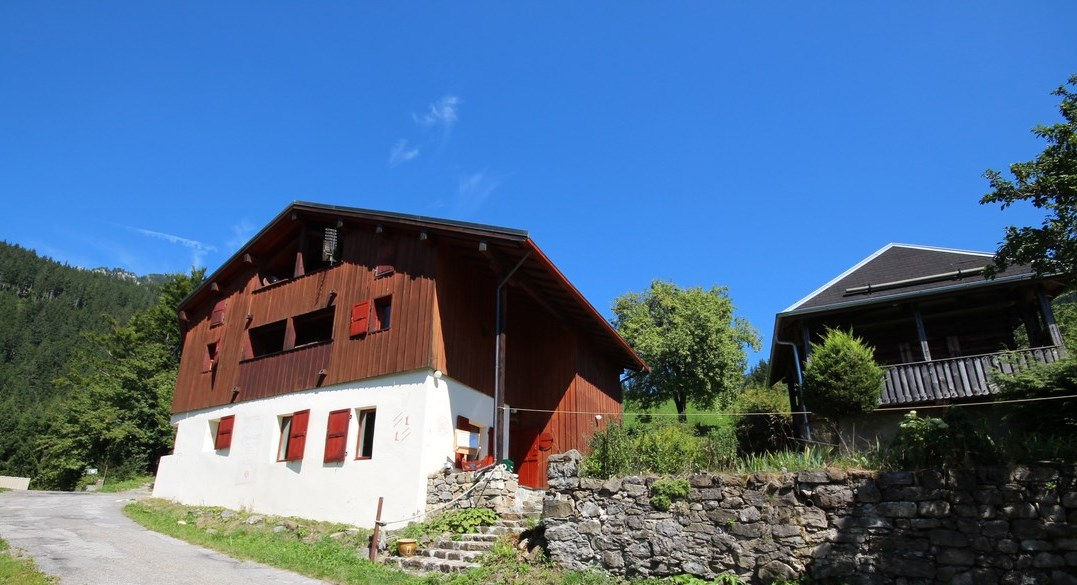 Large chalet in Le Biot