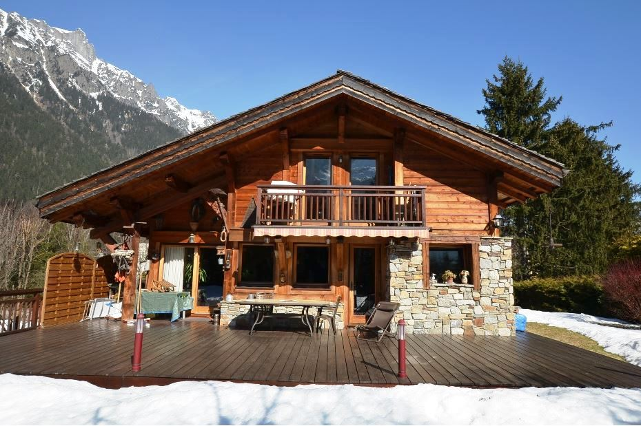 Chamonix chalet with Mont Blanc views