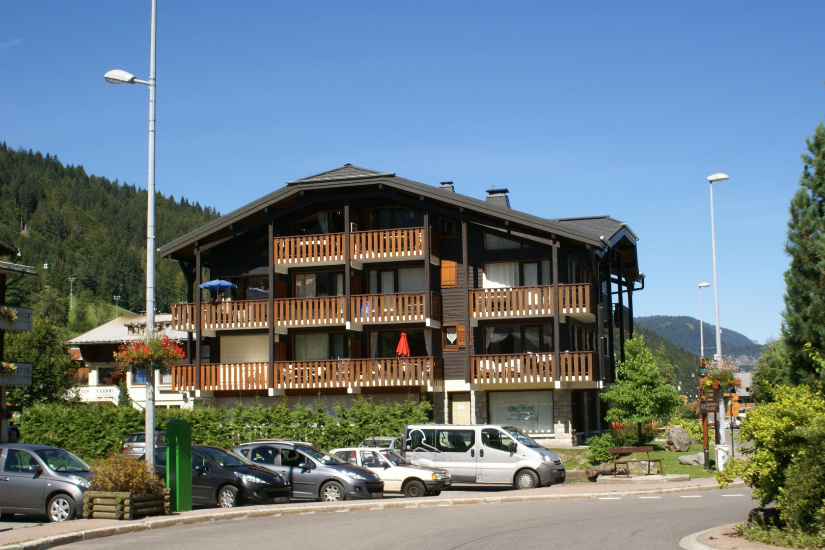 Morzine penthouse at the foot of the pistes'