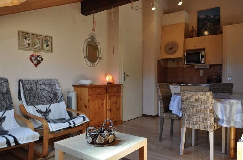 Top Floor Apartment in La Chapelle d'Abondance'