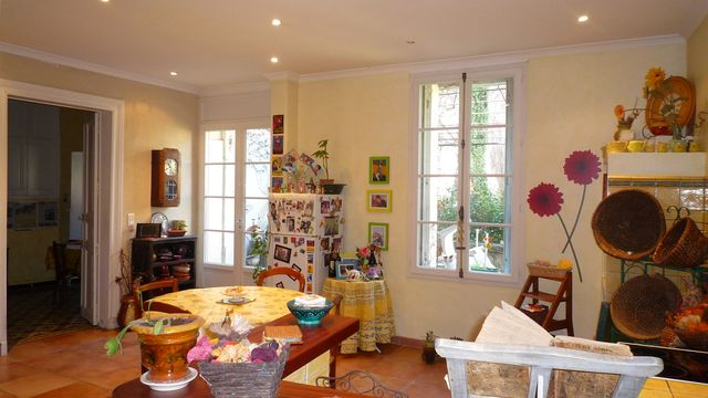 Dining area, Village House Vauvert Languedoc