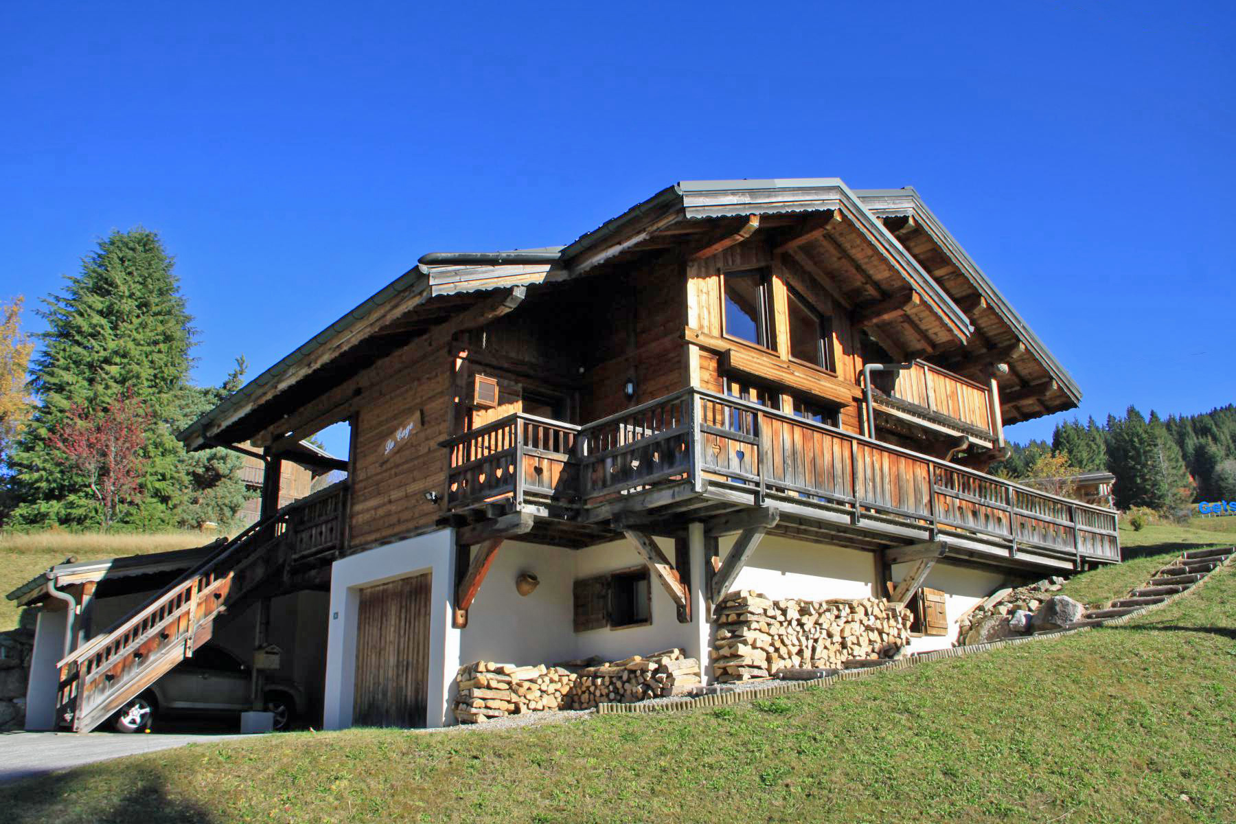 Luxury Furnished Chalet in Les Gets'