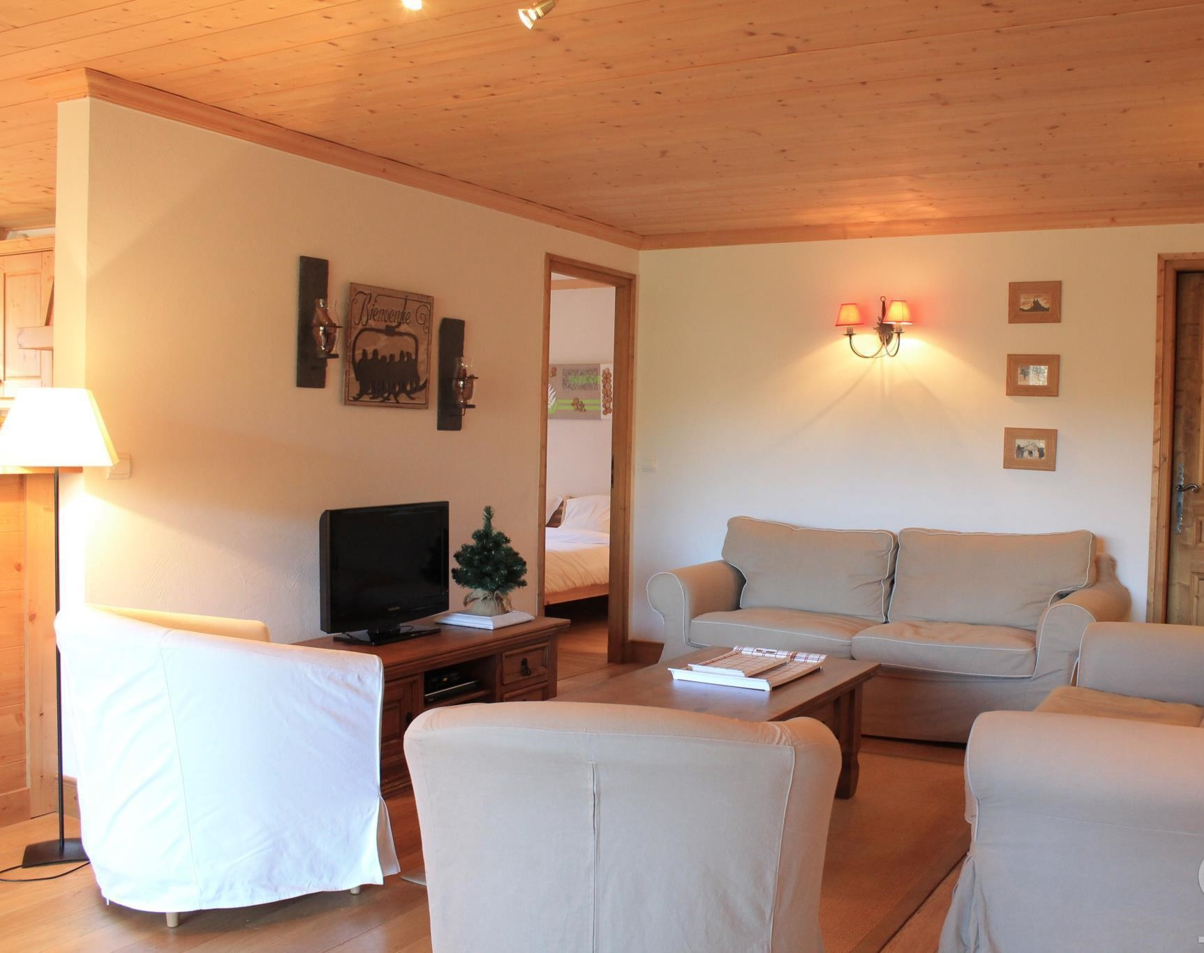 Quality Apartment by Pistes in Les Gets'