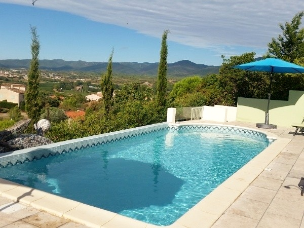 Villa with pool and wonderful view