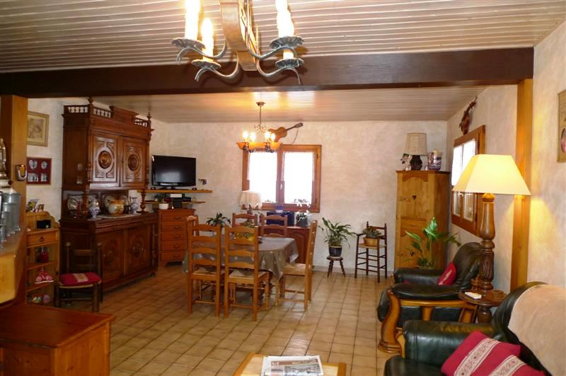 Le Biot chalet dining area