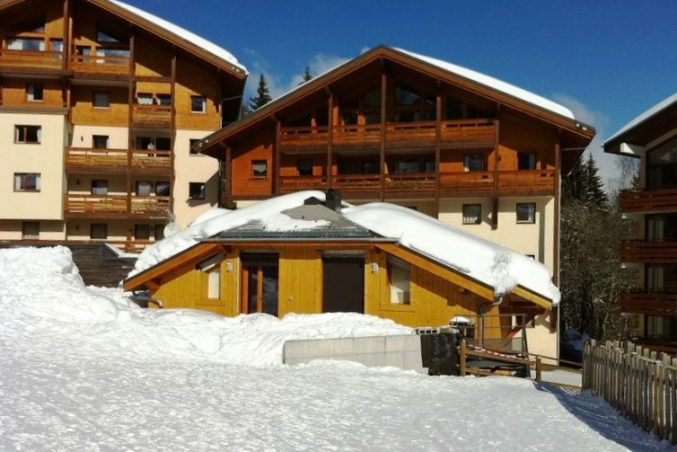 Morillon Ski in ski out apartment