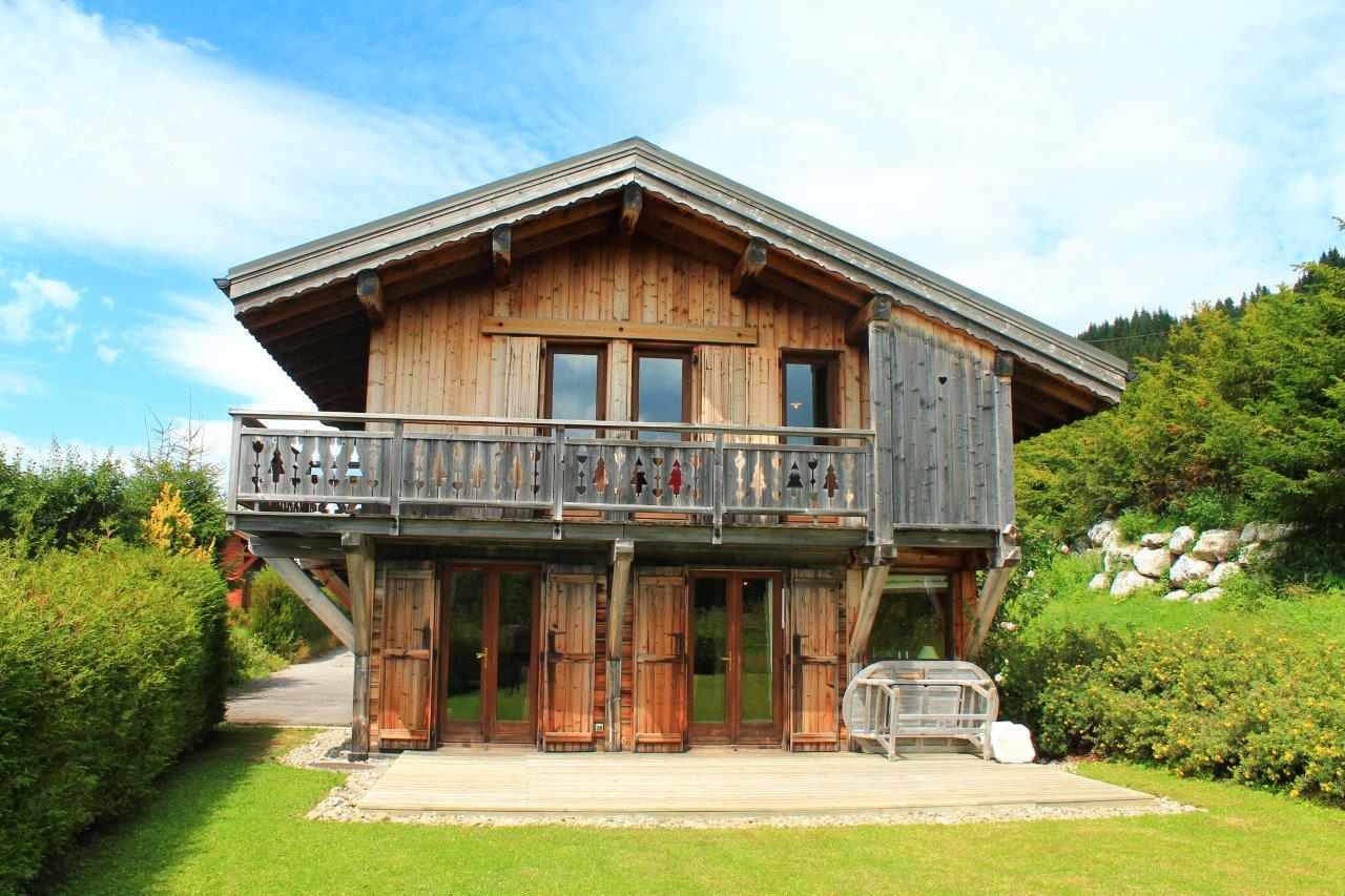 Ski-in Ski-out Chalet with Potential in Les Gets'