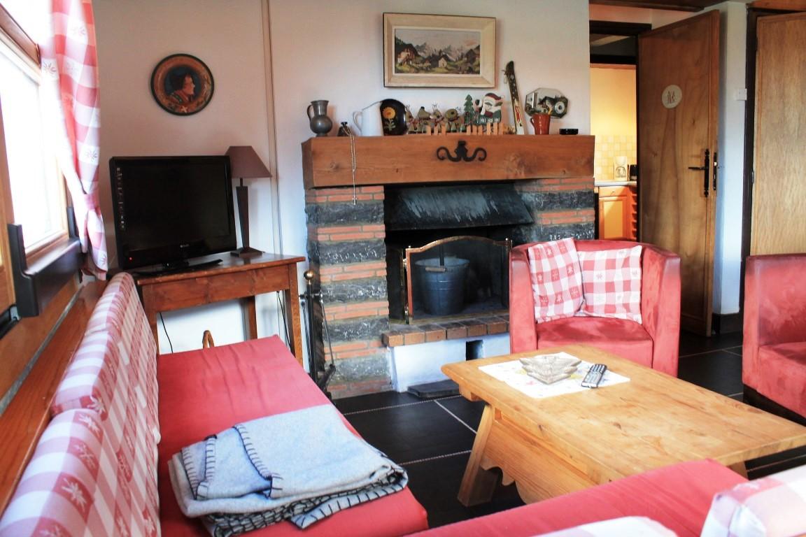 Five Bedroom Chalet in Les Gets'