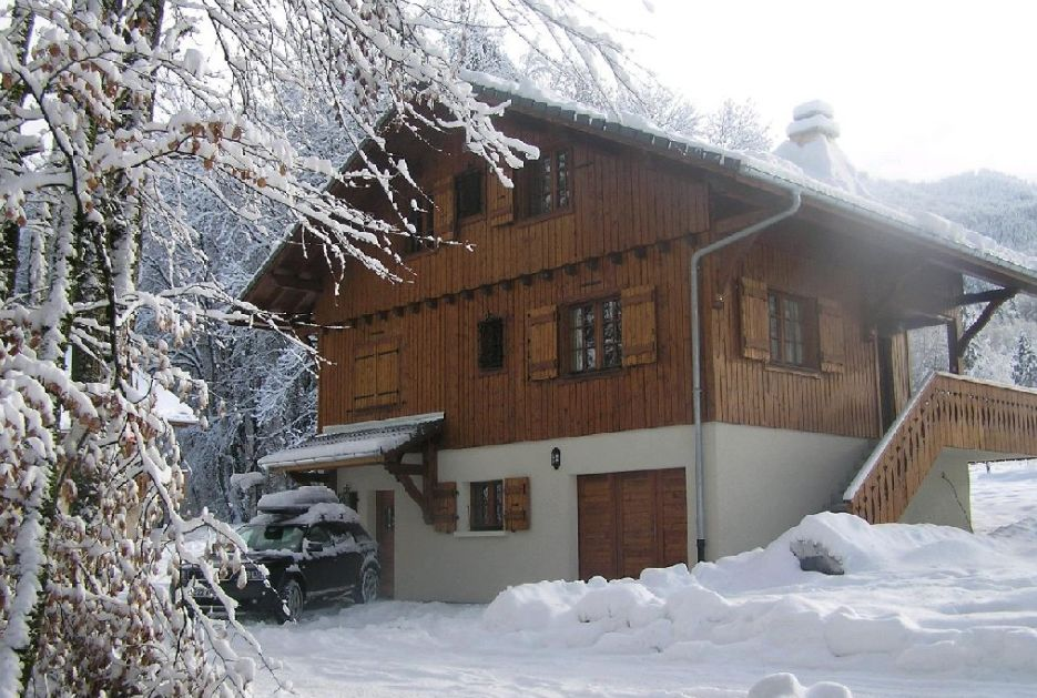 Large Chalet in Morillon'