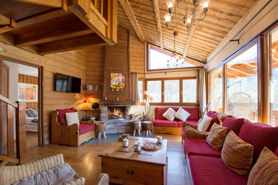 Luxury 6 Bedroom Chalet close to Super Morzine Lift'