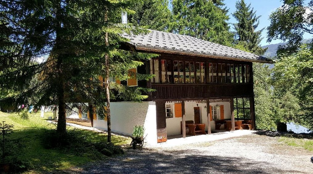 Eight Bed Chalet in Morillon'