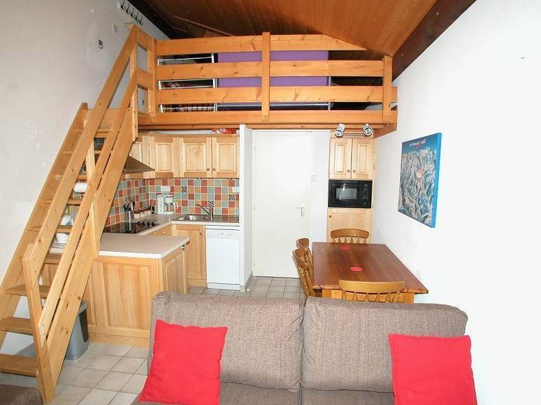 2 Bedroom Apartment with Mezzanine in Chatel'