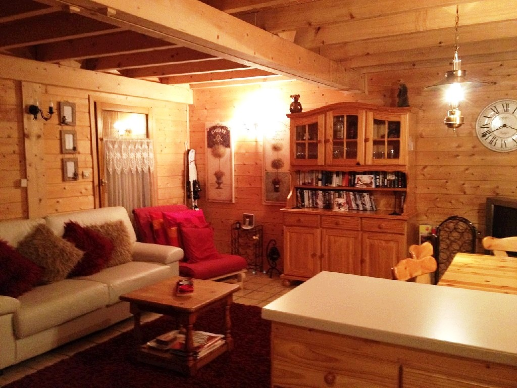 Verchaix chalet living room
