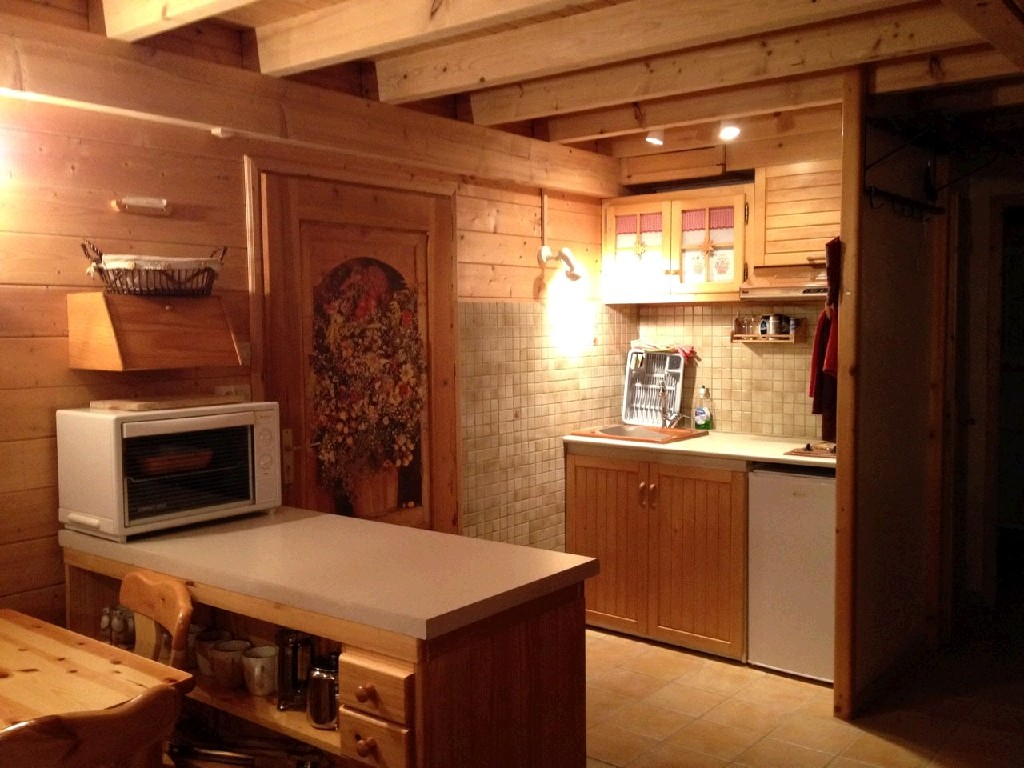 Verchaix chalet kitchen