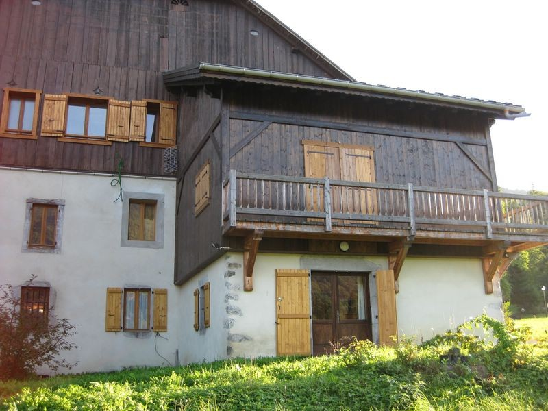 Farmhouse apartment in Morillon