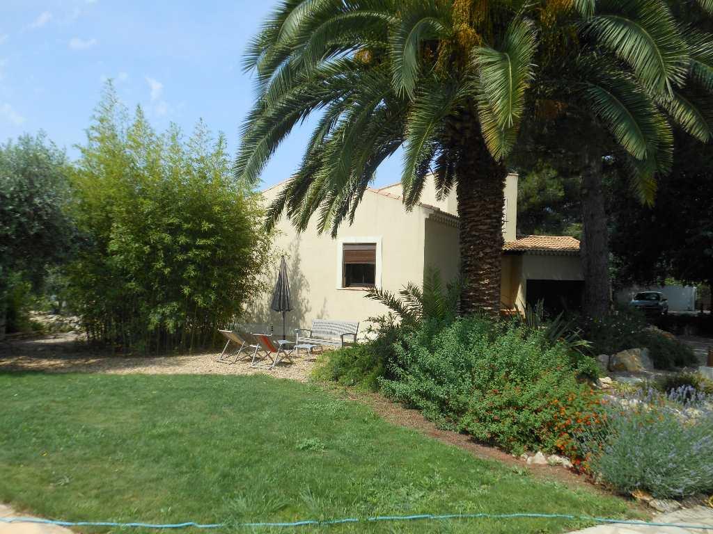 Villa for sale Villeneuve les Beziers