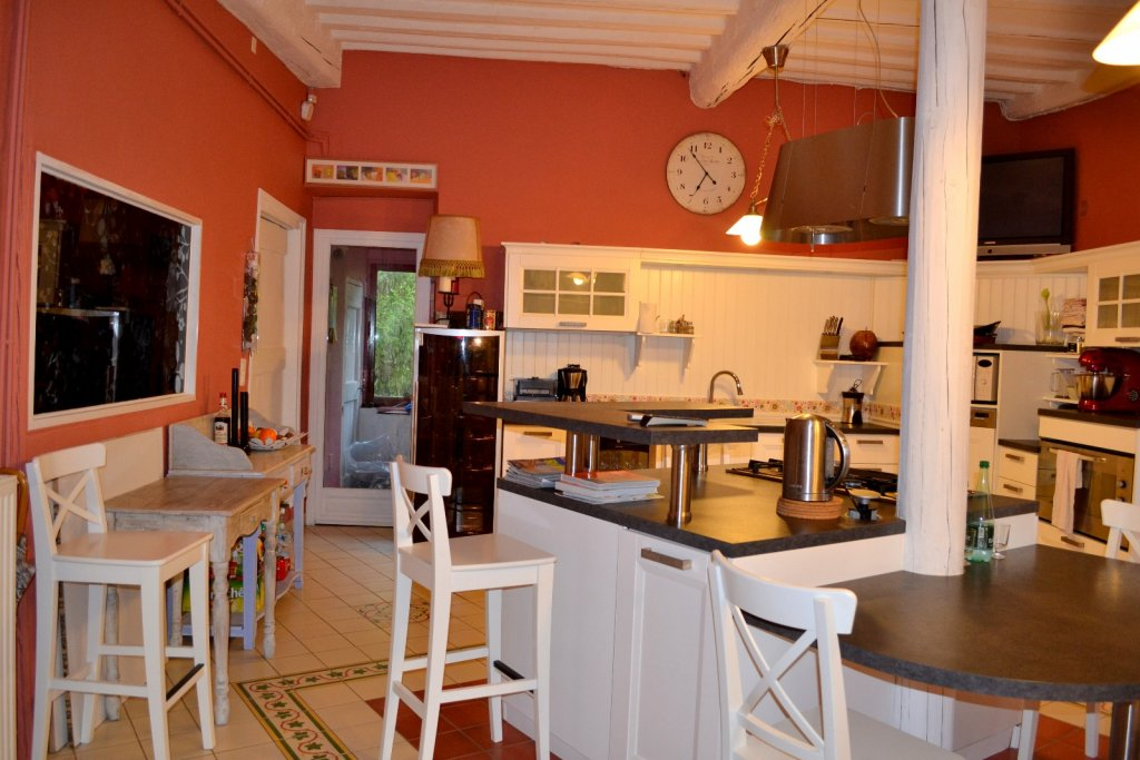 Kitchen, Character property Languedoc