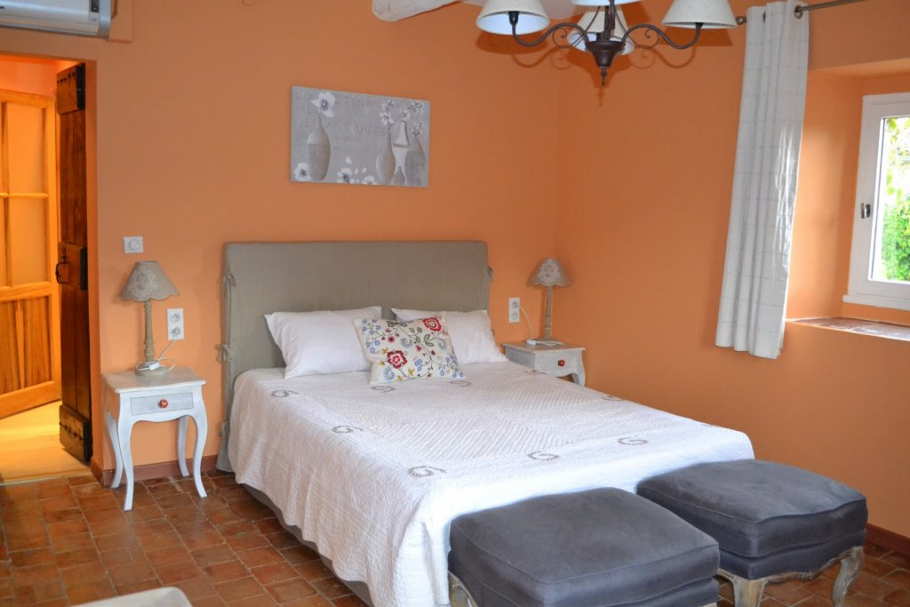 Bedroom, Character property Languedoc