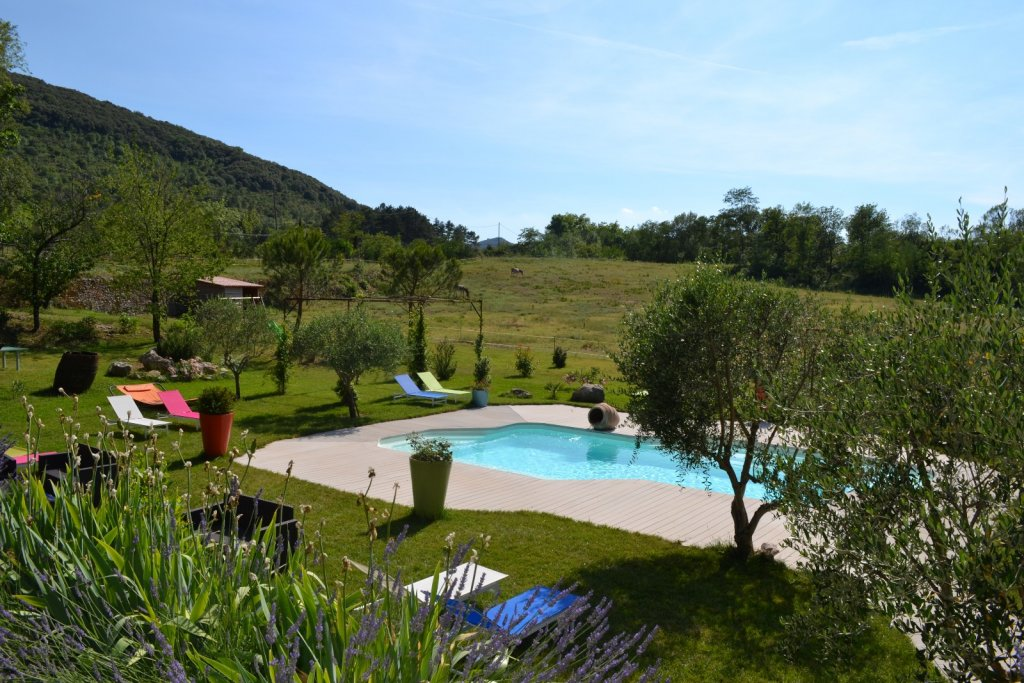 Swimming pool and garden, Character property Languedoc