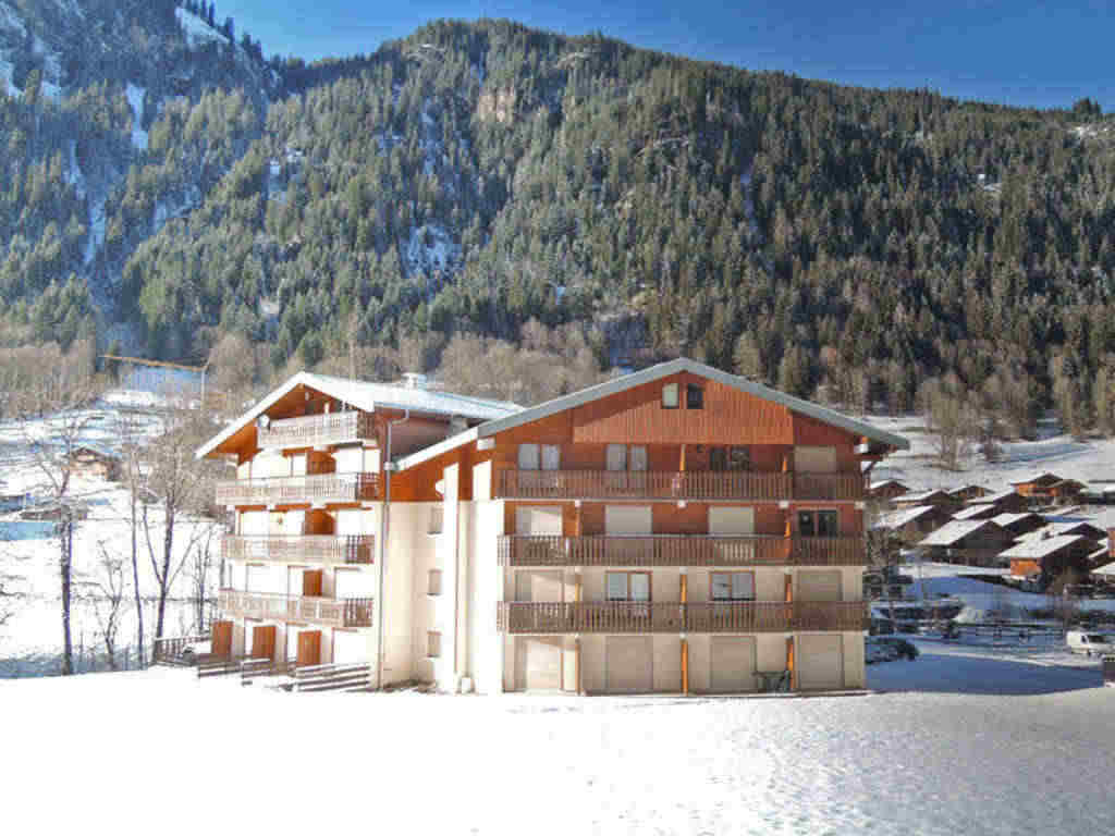 Ground floor apartment in Chatel Linga