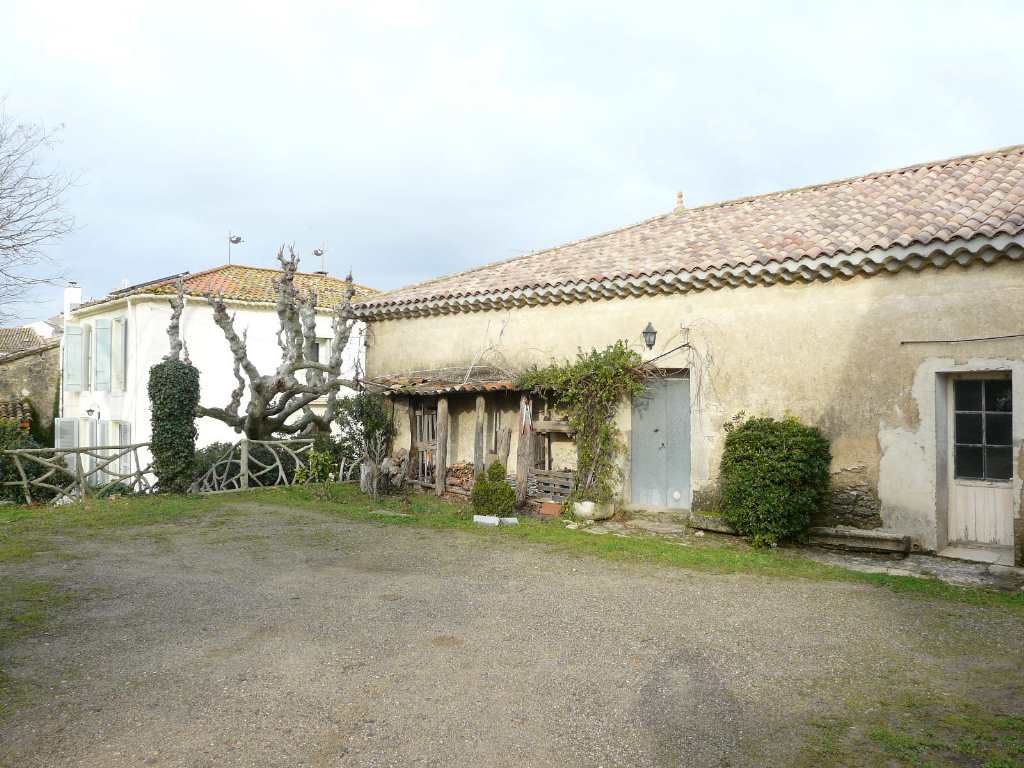 House with garden for sale Herault