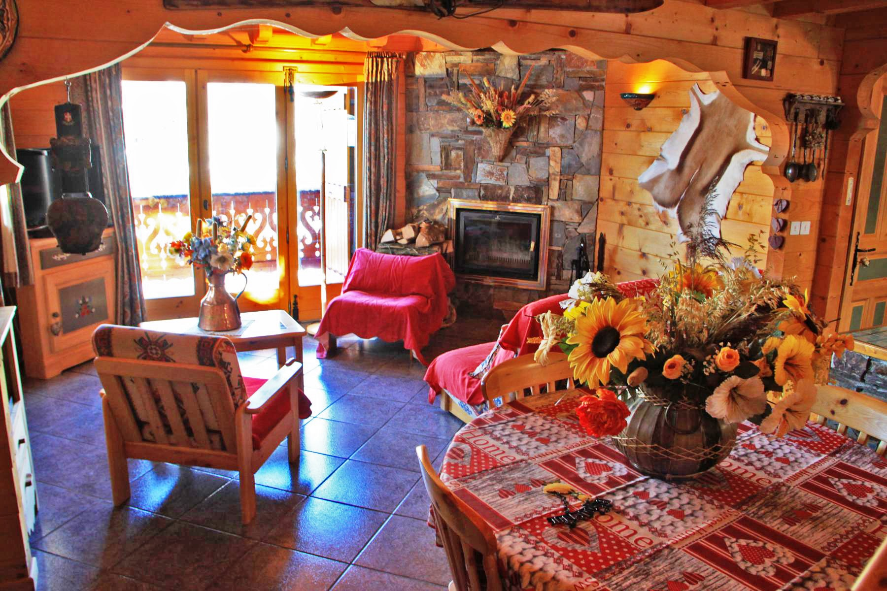 Les Gets Chalet with 2 Bedrooms and Mezzanine'
