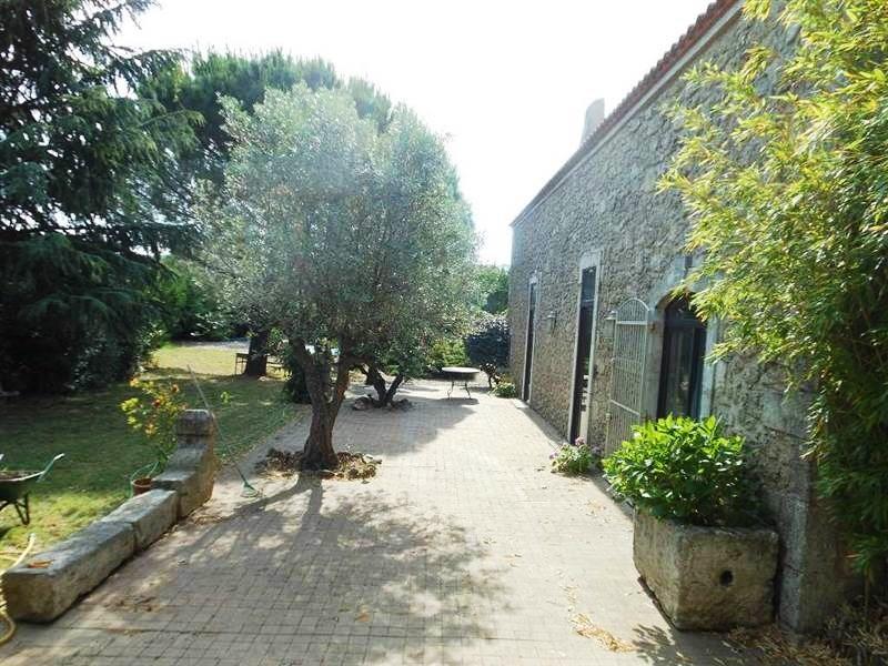 Farmhouse for sale near Beziers