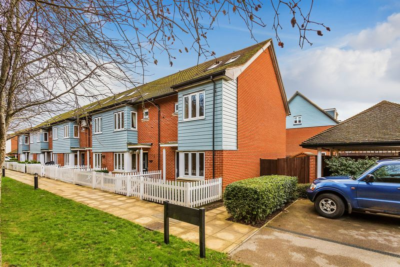 Priddy Place, Redhill