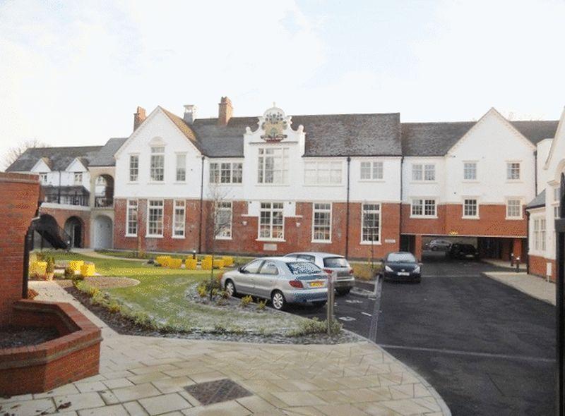 Old School Close, Redhill